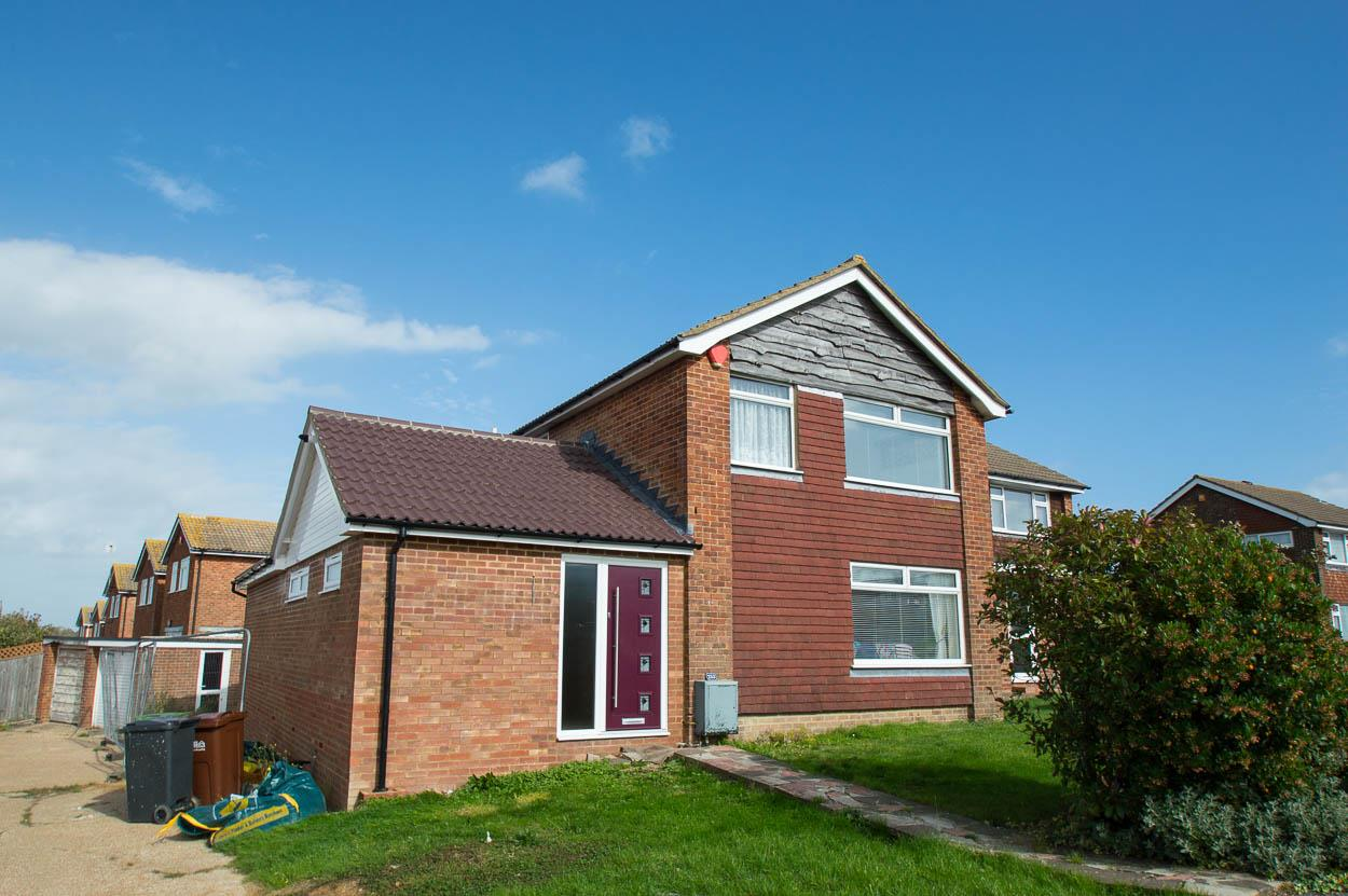 4 Bedrooms Detached House for sale in Seven Sisters Road, EASTBOURNE